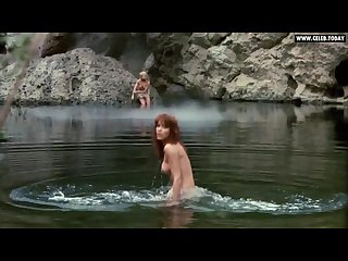 Tanya roberts girls naked swimming in the lake outdoor sex