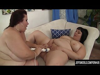 Horny lesbian bbws alexxxis allure and lady lynn having fun