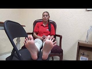 22yo latina showing her nice size 8 soles foot fetish