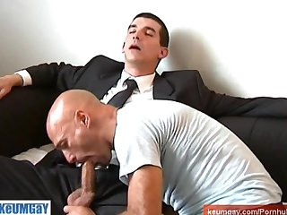 Straight guy in suite toruser serviced his huge cock by our assistant