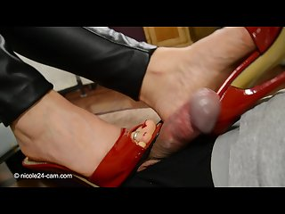 Nicole shoejob handjob and cum on heels