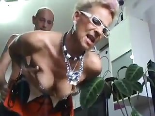 Tatooed fashion german mature takes big cumshot