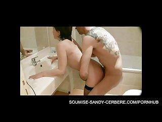 video soumise sandy libertine bdsm baise dans la salle de bain amateur fuck