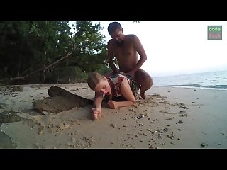 Rough beach sex true fuck sand unedit uncut horny naughty amateur couple