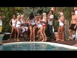 Titus Steel geile Poolparty miot Gang Bang und heissen Girls