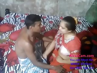 Xhamster com 7660767 Desi Aunty caught