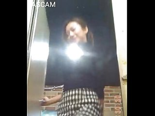 Hiddencam beautiful asian girl in toilet