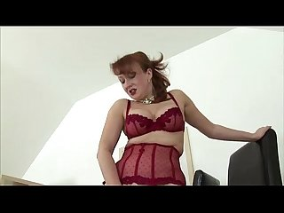 Solo mature skank in stockings