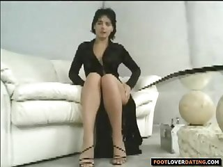 Sexy young girl foot jewelry cock rubbing and feet licking