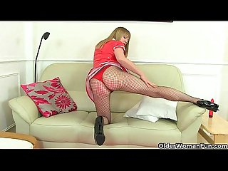 UK milfs Abi Toyne and Holly Kiss masturbate in fishnets