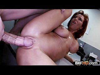 Big tit Milf veronica avluv squirts in The backroom 1 3