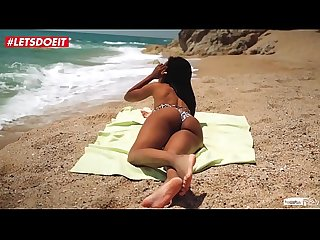 Hot ebony teen gets seduced and fucked at the Beach noe milk