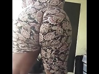 Big booty ebony from hotpornocams period com twerk on webcam