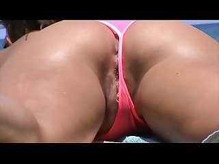 Young pussy at beach - PublicWhore.com