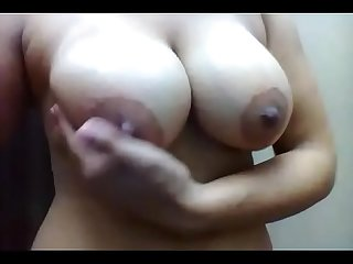Sexy girl getting horny while bathing
