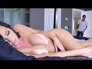 Brazzers veronica avluv mom got boobs