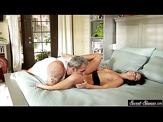 Petite stepdaughter gets banged passionately