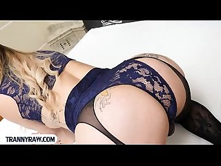 Thick latina tranny fucked bareback in her big ass