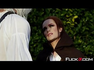 Ella Hughes In The Bewitcher A DP XXX Parody Episode 1