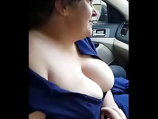 Big tit craigslist hooker blows me in the car