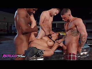 Hot (Luna Star) Enjoyed Her Pussy To Be Drilled By 3 Dicks - Reckless in miami