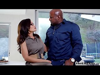 Goddess MILF Lisa Ann destroyed before interracial facial