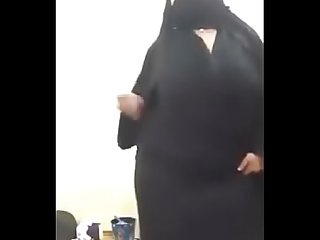 hot muslim get naked in webcam