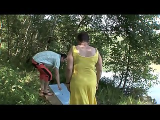 MATURE COUPLE OUTDOOR SEX !!