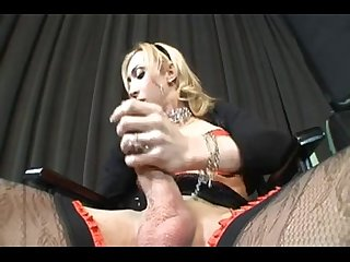 Shemale laura ferraz big cock