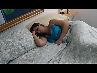 Cheating mom gets penetrated while Sleeping