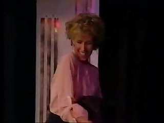 Candie Evans striptease.MOV