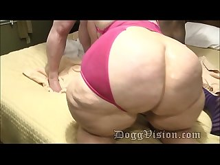 Gilf stepmom helps anal daughter take 2 cumshots