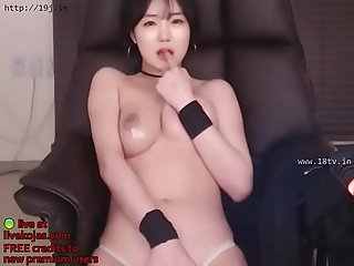 Korean beauty webcam striptease live at livekojas com