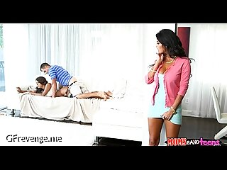 Free legal age teenager Mama sex tape