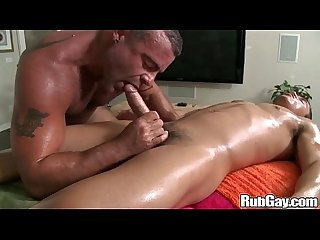 Rubgay amateur gay massage