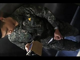 Korean soldier jo in toilet