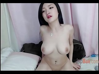 big boobs cam model masturbate with two toys