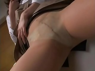 Japan milf honami masturbates watching porn