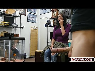 Feisty latina Jessi Pawn A Bearded Dragon