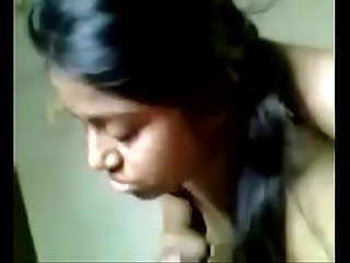Desi girl sucking dick