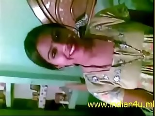 Www indian4u ml Desi Bhabhi with sexy boobs gets fucked by neighbour
