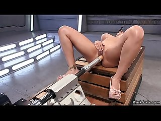 Huge tits squirter fucking machine