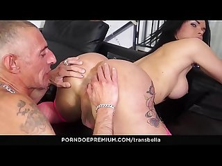 TRANS BELLA - Wild Italian sex with brunette Brazilian tranny Kelly Cesario